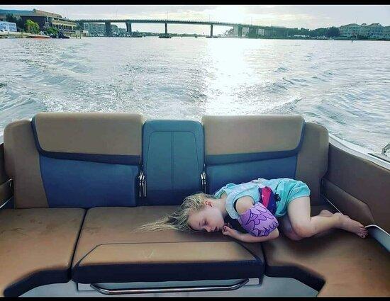 Fort Walton Beach, FL: Nap time!!