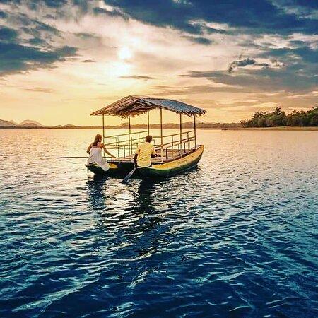 Спланируйте свой отпуск на Шри-Ланке с лучшими туристическими пакетами Шри-Ланки, чтобы исследовать этот экзотический остров и получить опыт индивидуальных туристических пакетов Шри-Ланки