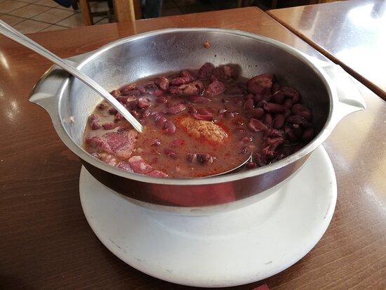 alubias rojas con estofado y chorizo