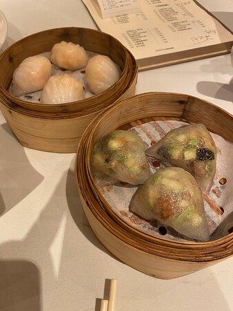 (Front) vegetable and shrimp dumplings