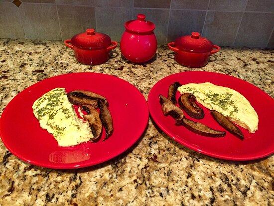 Sudbury, MA: Omelette with dill and air fryer portobello mushrooms