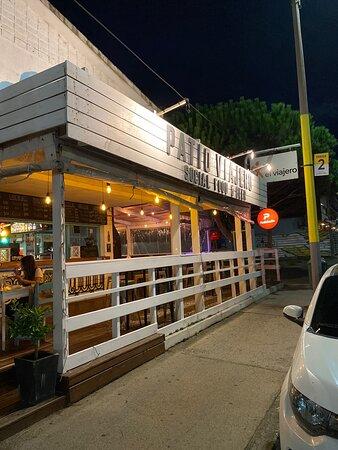 El Viajero Deck Bar