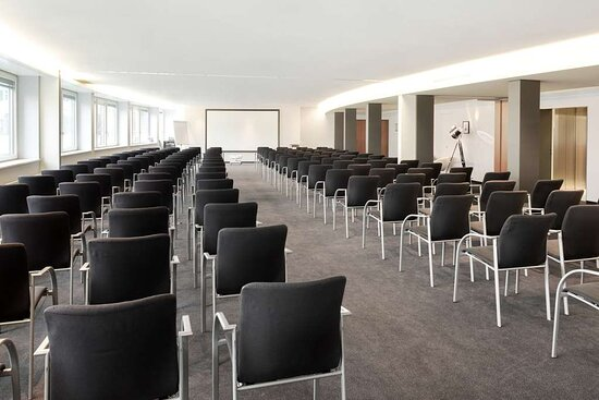Meeting room Paris and Berlin