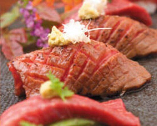 仙台牛炙り寿司