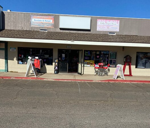 Lake Powell Vacations, located on 645 Elm Street, Page AZ 86040