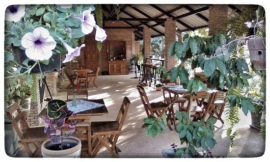 Song, Thaimaa: Flower garden.