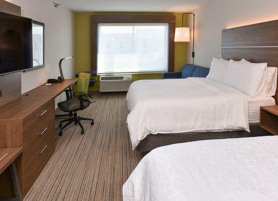 2 Queen Suite Guestroom