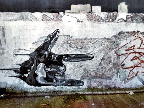 Murales in via IV Novembre a Casoria.