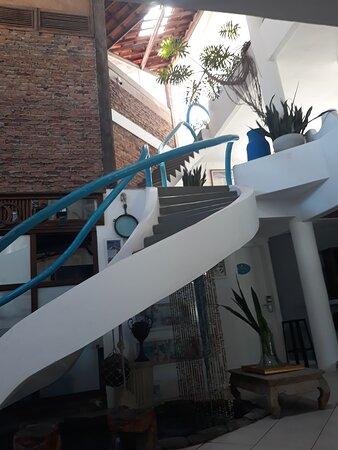Essa é a escada que te leva para sonhar o céu no mar do Capitão!!!