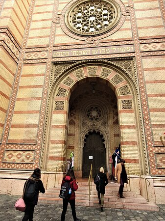 Great / Central Synagogue (Nagy Zsinagoga)  - Picture No. 12 -  By israroz - (Dec. 2019)