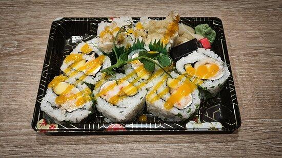Mango Prawn & Cream Cheese Norimaki