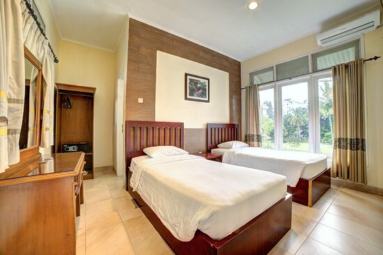 Bungalow Dolphin 2 Bed Room