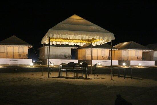 Luxury Swiss  Tents ⛺⛺⛺⛺⛺🎪🎪🎪🎪