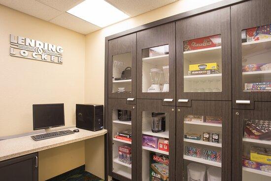 Candlewood Suites Yuma Lending Locker