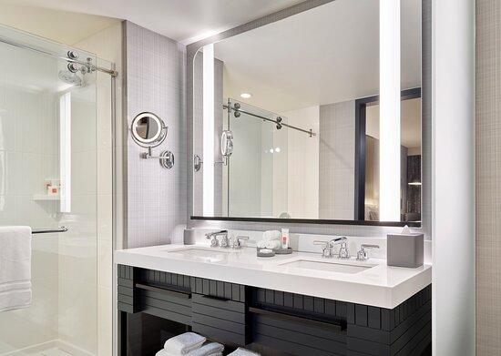 Grand Bathroom