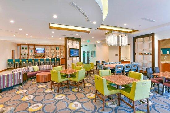 Lobby Breakfast Seating