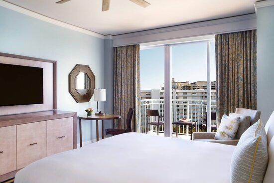 Resort View Guest Room with King Bed