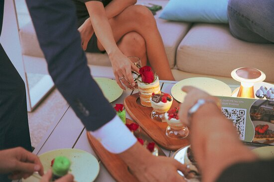 friends gathering over desserts