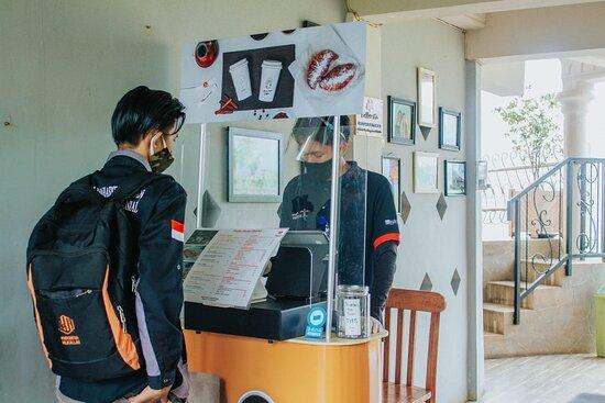 Chicken Church at Karangrejo Village Admission Ticket: Protokol Kesehatan dan pemabatasan