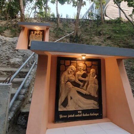 Chicken Church at Karangrejo Village Admission Ticket: Jalan Salib