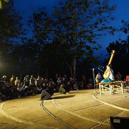 Chicken Church at Karangrejo Village Admission Ticket: Pertunjukan Musik di Pelataran