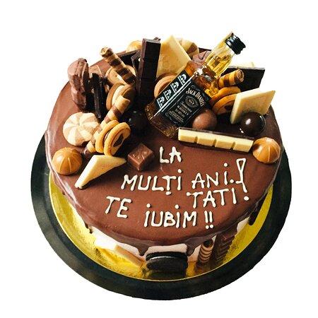 Яссы, Румыния: Tortcu ciocolata decorat! Dulce de Paris Cofetarie la comanda! 0783113328  www.dulcedeparis.com