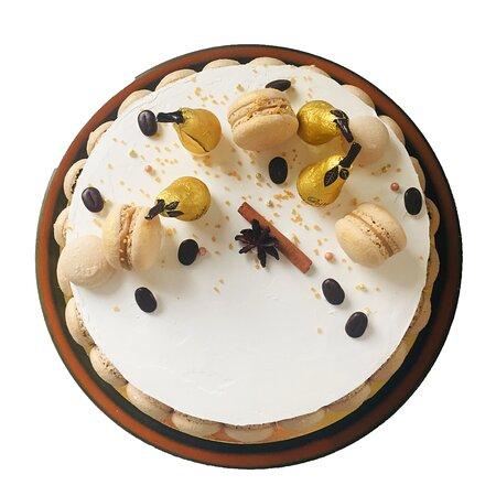 Яссы, Румыния: Tort cu pere, caramel si ciocolata alba.  Dulce de Paris Cofetarie la comanda! 0783113328  www.dulcedeparis.com