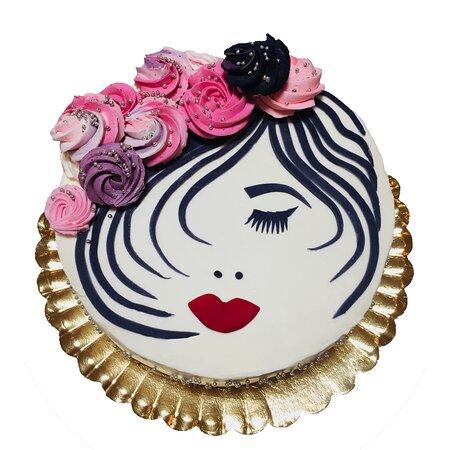 Яссы, Румыния: Tort la comanda, decorat cu chip de fata Dulce de Paris Cofetarie la comanda! 0783113328  www.dulcedeparis.com
