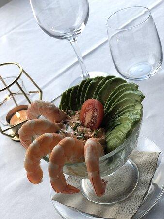 Avocado prawn - Christmas dinner 2020 🎄