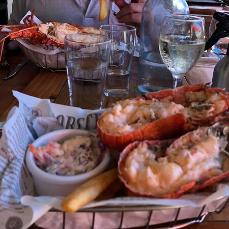 Great food and lobster. Called in for lunch on way up to Dongara and again on way home a week later. Fabulous venue.