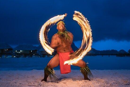 Fire dance / Danse du feu