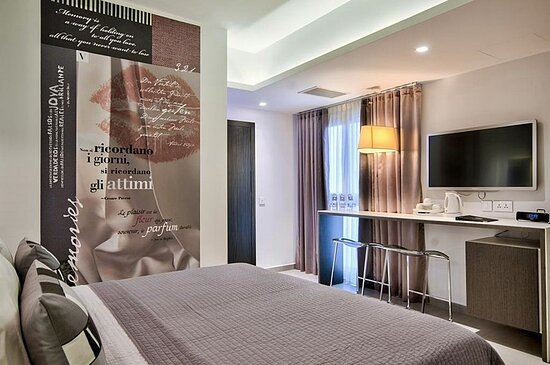 331981 Guest Room