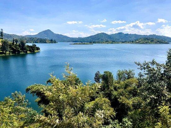 Northern Province, Rwanda: An amazing view of Ruhondo lake( twin lakes)