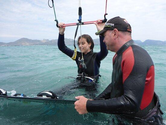 clases de kitesurf en Mallorca waterstart