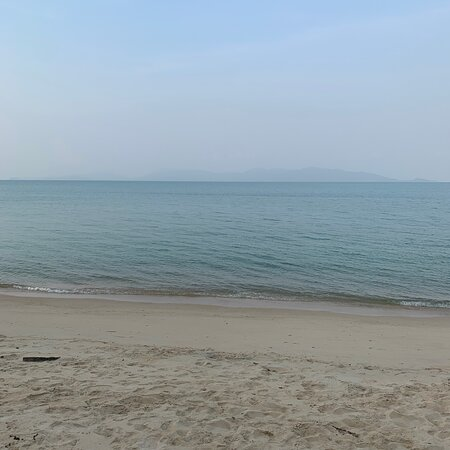 Normally the view of Ko Phangan is a lot clearer