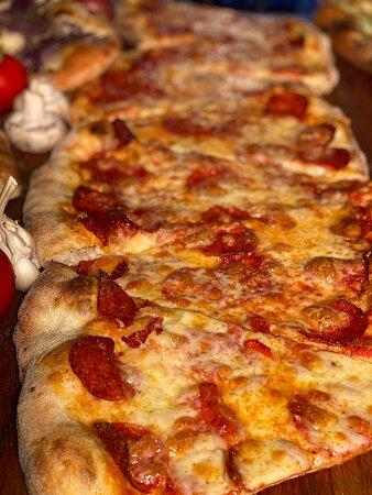 www.pizzapazza.ro  Tel. 0722566299