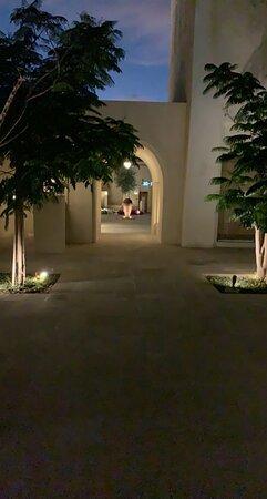 تصميم راقي وفخم فندق السعاده وراحه البال
