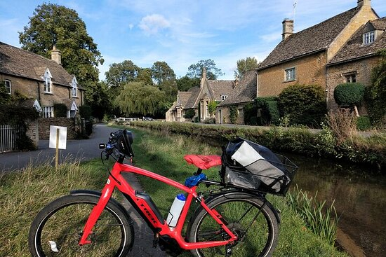 Cotswolds Electric Bike Tour