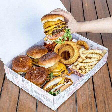 2 M'ini Variety Box Double Deckers & Crispy Chicken