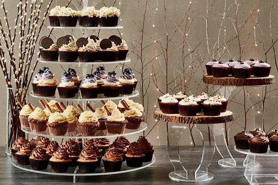 Catering - Cupcake Table