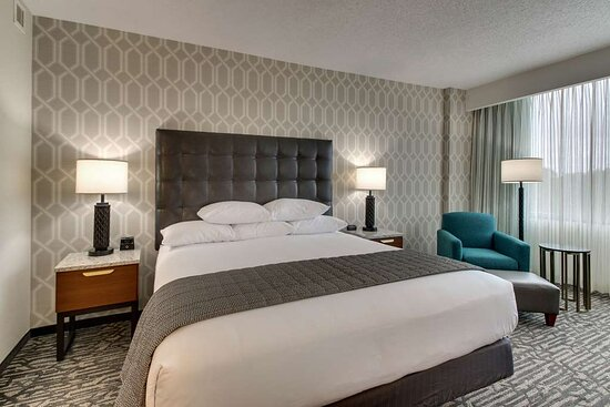 NKX Deluxe King Guestroom