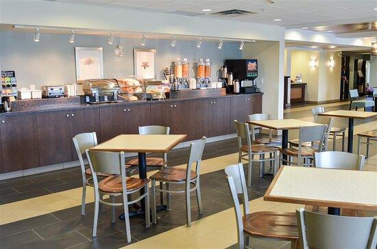 Thompson, Canada: Breakfast Area
