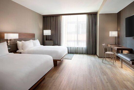 Two-Bedroom Suite - Queen/ Queen Bedroom