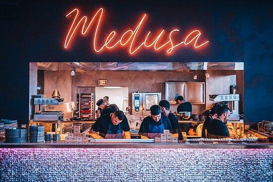 Restaurant Cabaret Medusa - In the kitchen!