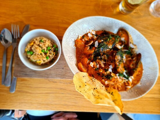 Seafood burmese curry