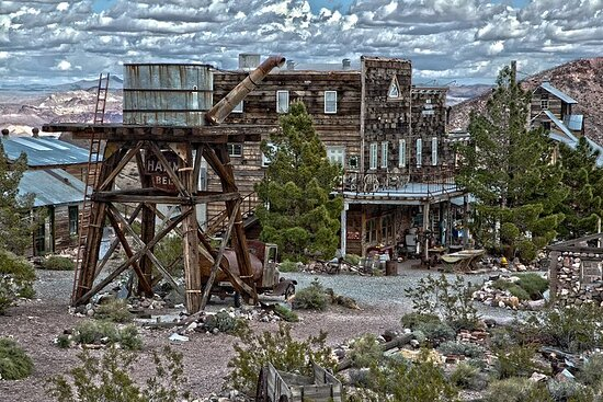 Eldorado Canyon Ghost Town e Mine Private Limo-Bus Tour