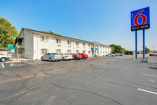 Motel 6 Wichita