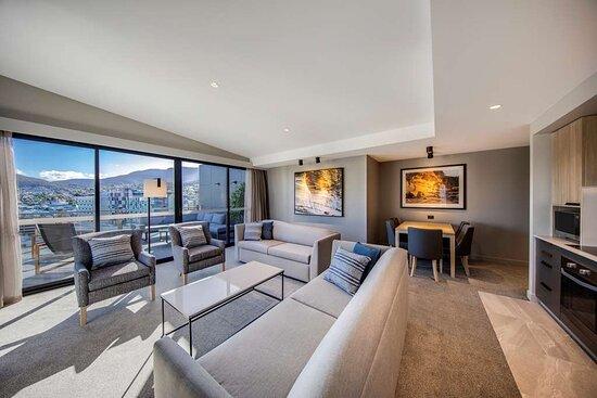 vibe hotel hobart kemp suite lounge