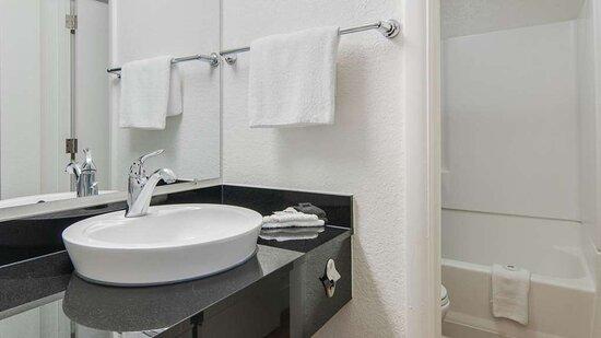 Addison TX Bathroom