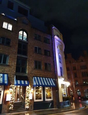 Albert's Schenke along Hanover Street